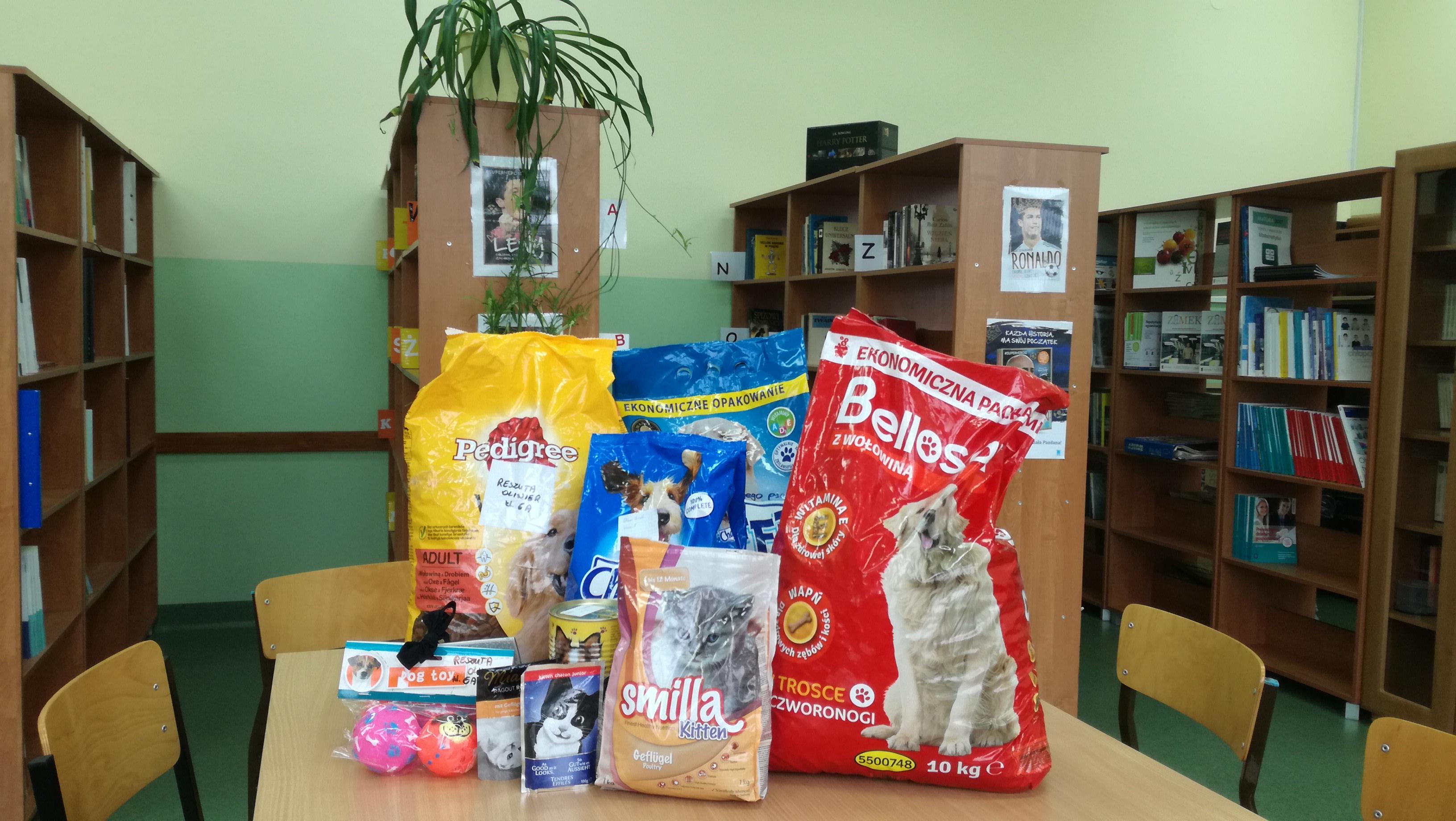 Zbiórka karmy i akcesoriów dla zwierząt trwa!